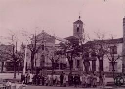 1. Parada del tranvía Plaza de la Emperatriz (años 50)