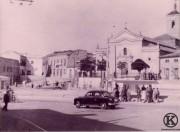 2. Parada del tranvía con marquesina Plaza de la Emperatriz (años 50)