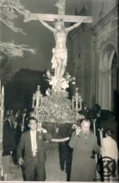 Procesión Cristo en la Iglesia de San Pedro