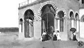 La entrada a la Plaza de Vista Alegre en 1911