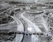 Puente de Toledo y estadio Vicente Calderón en construcción