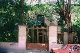 Fachada de la Casa de Olivieri antes de su derribo, en C Monseñor Oscar Romero