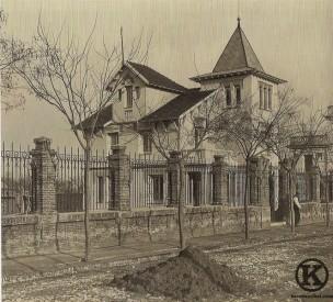 Antiguo hotel en la calle Diario La Nación, Colonia de la Prensa (1930)