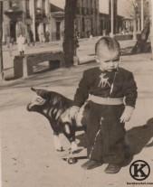 1. Carlos Barciela en la Plaza de la Emperatriz (años 50)
