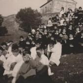 10. Excursión a la finca de las Piqueñas de alumnos del colegio Santo Angel (años 50)