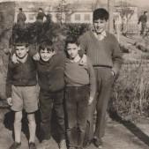 11. De izda a dcha Bernardo Hermoso, Carlos Barciela, Pedro Sánchez y Vicente Pérez en los Salesianos (años 50)