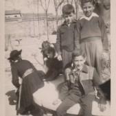 9. Carlos Barciela y amigos en el colegio Santo Angel (años 50)