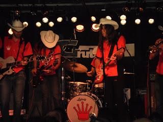 Los Coronas Gruta 77