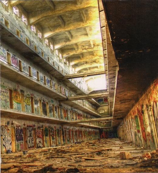 Galería de la cárcel de Carabanchel antes de ser demolida