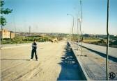 Calle Los Morales, a la izquierda el Parque de la Peseta (2001)