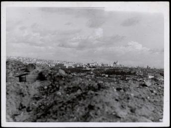 Frente de Madrid. Vista de Madrid desde Carabanchel Nov 1937-001